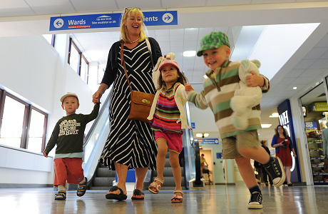 Family in Main Reception - Click here to find out more about leaving hospital